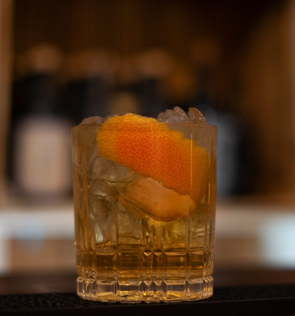 HORSE'S NECK COCKTAIL 1
